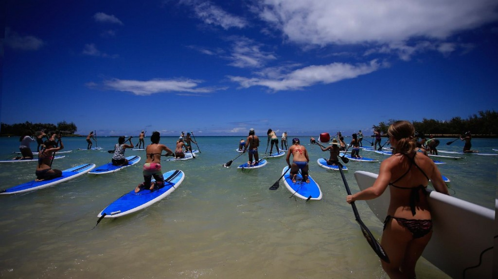 COURSE DE STAND UP PADDLE // ROXY RUNSUPYOGA