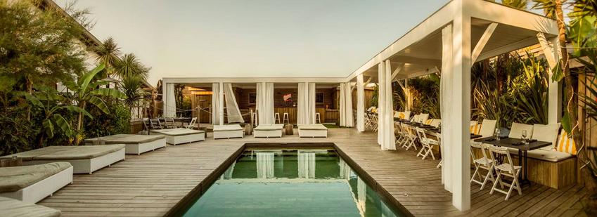 Brunch au Beach House avec sa magnifique piscine
