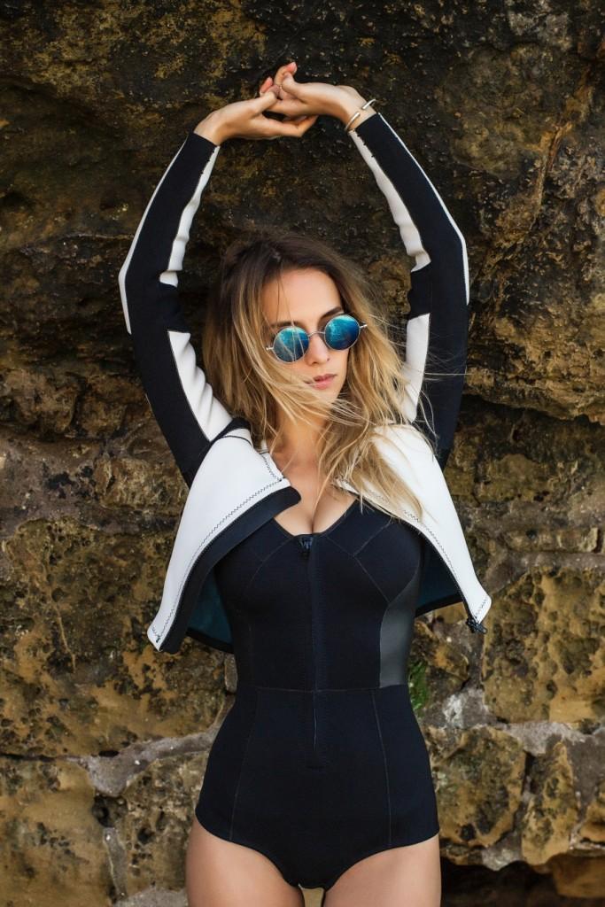 Cetus-biarritz-bikini-neoprene-fin-sexy-plage-femme