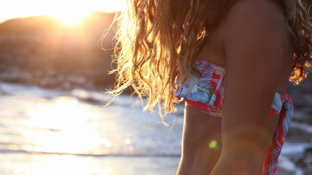Bikini Billabong Women cheveux avec un effet soleil - surf - santamila