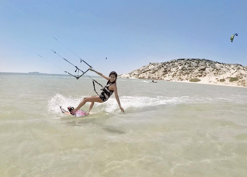apprendre le kitesurf dakhla spirit. santamila o.JPG yu