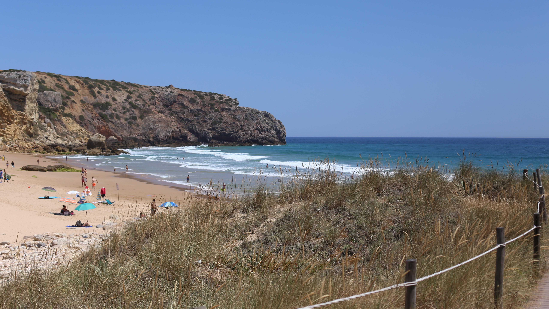 Praia do zavial 3 Week-end surf en Algarve couple