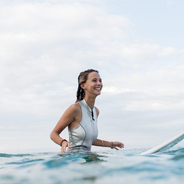 SiriKit surfeuse portrait santamila healthy girl 4