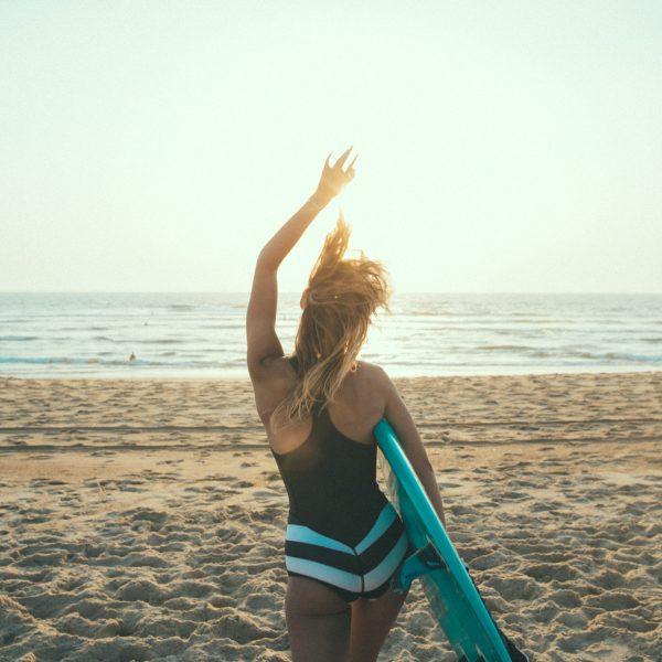 SiriKit surfeuse portrait santamila healthy girl EQ_Shoot_sebchebassier-68