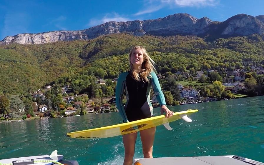 Anne Flore Marxer en wakesurf