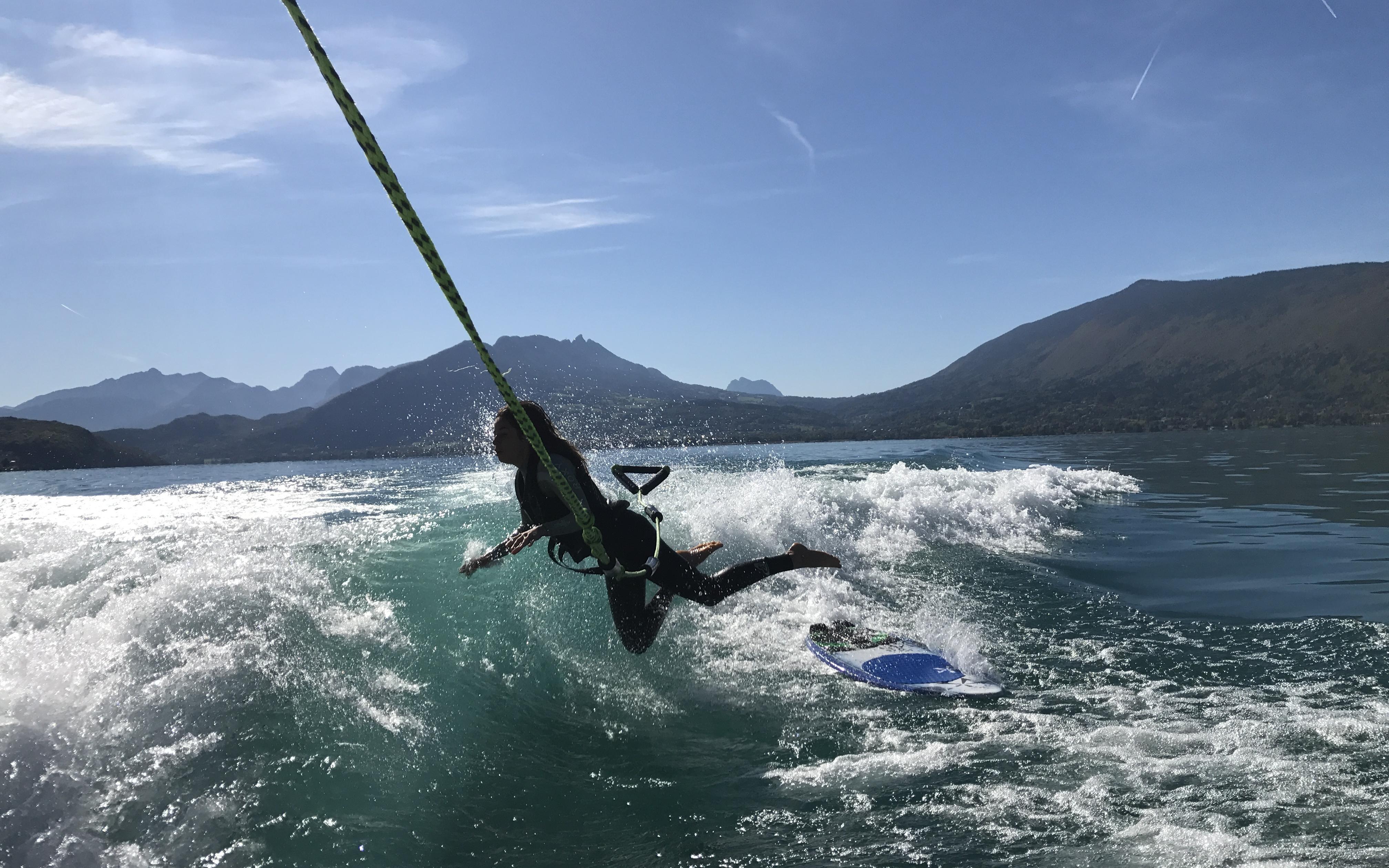 apprendre et debuter le wakesurf 17