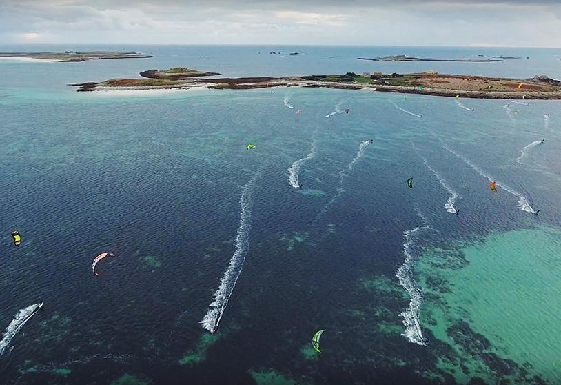 sandrine conseils et destinations kitesurf travelnkite kite_glenan_drone_1