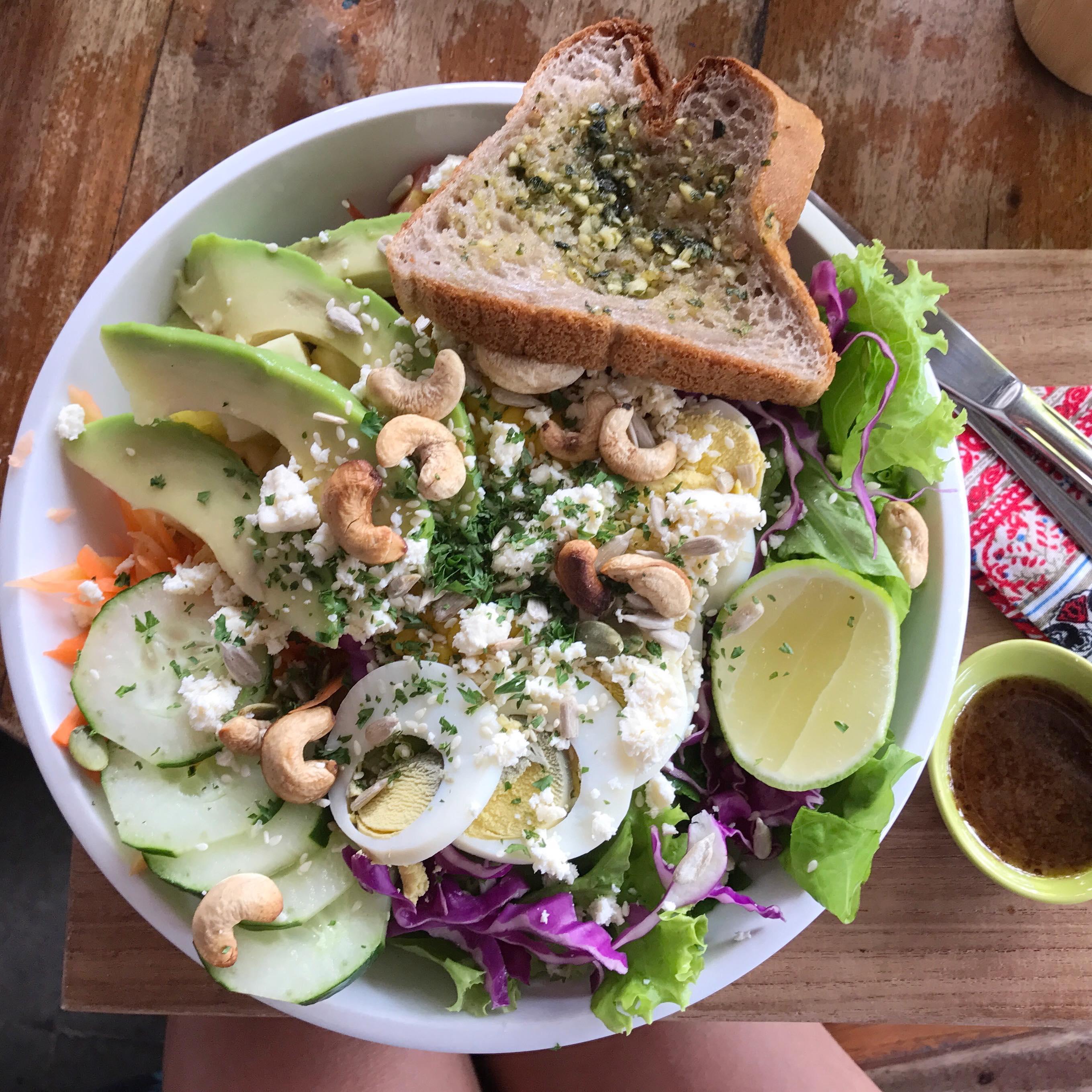 motion cafe salade veggie recette healthy bonne adresse healthy canggu bali.jpg