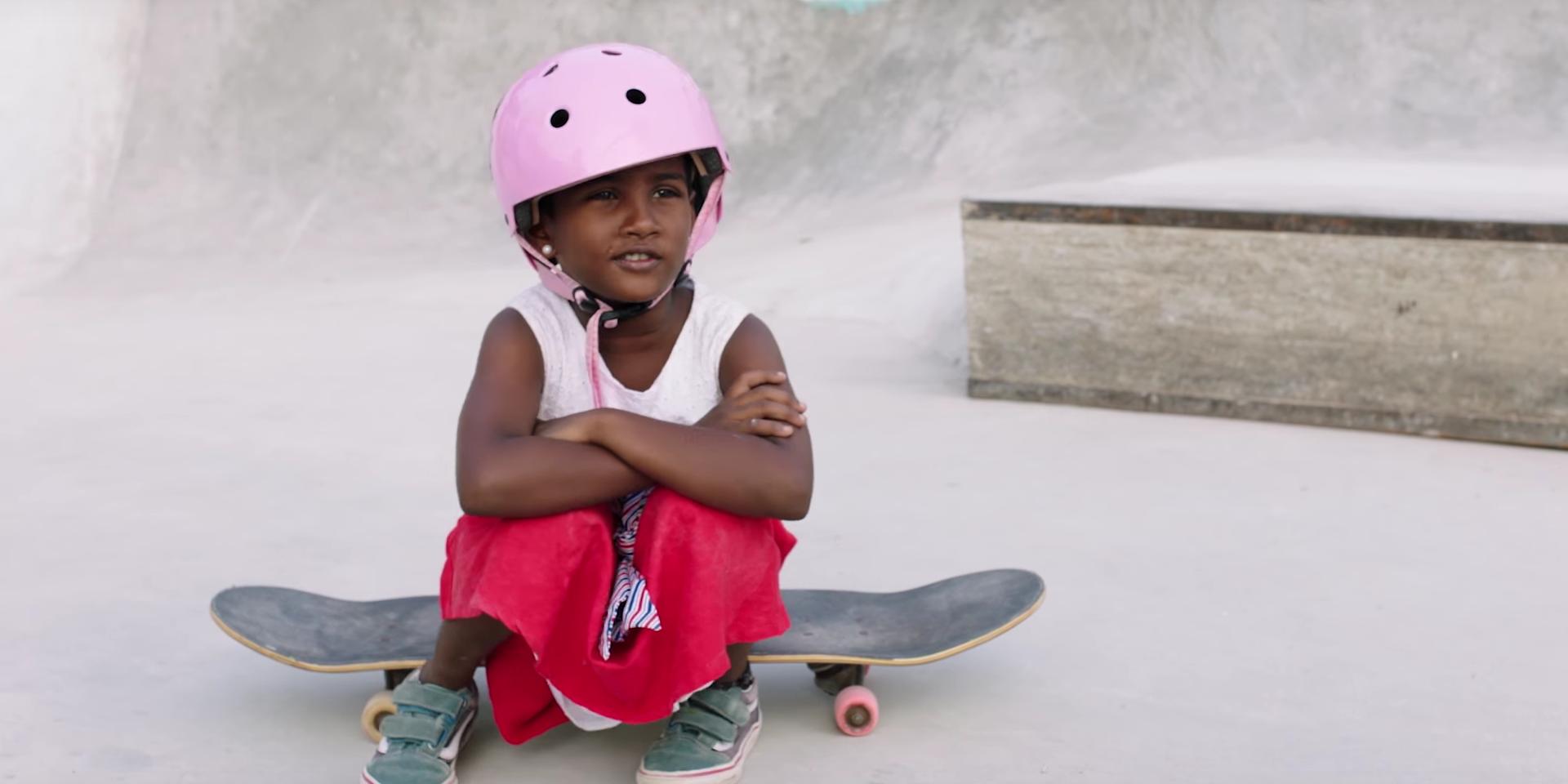 f74051a057abe2 girls-skate-india-la-nouvelle-campagne-girl-power-de-vans