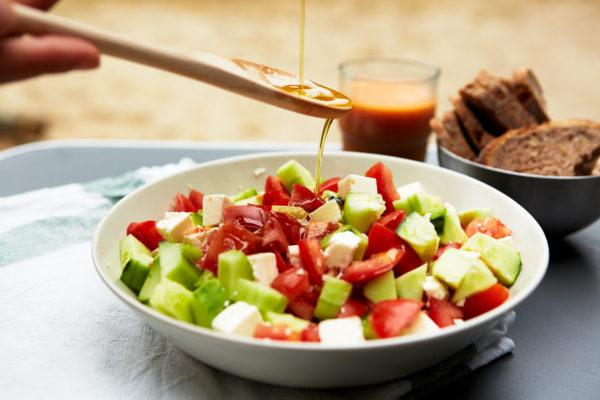 3 salades estivales gourmandes et saines Salade Grecque SantaMila