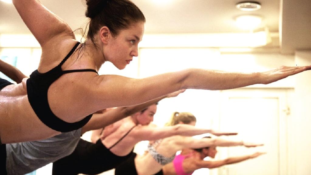 yoga-bikram-bikramyogaparis-3