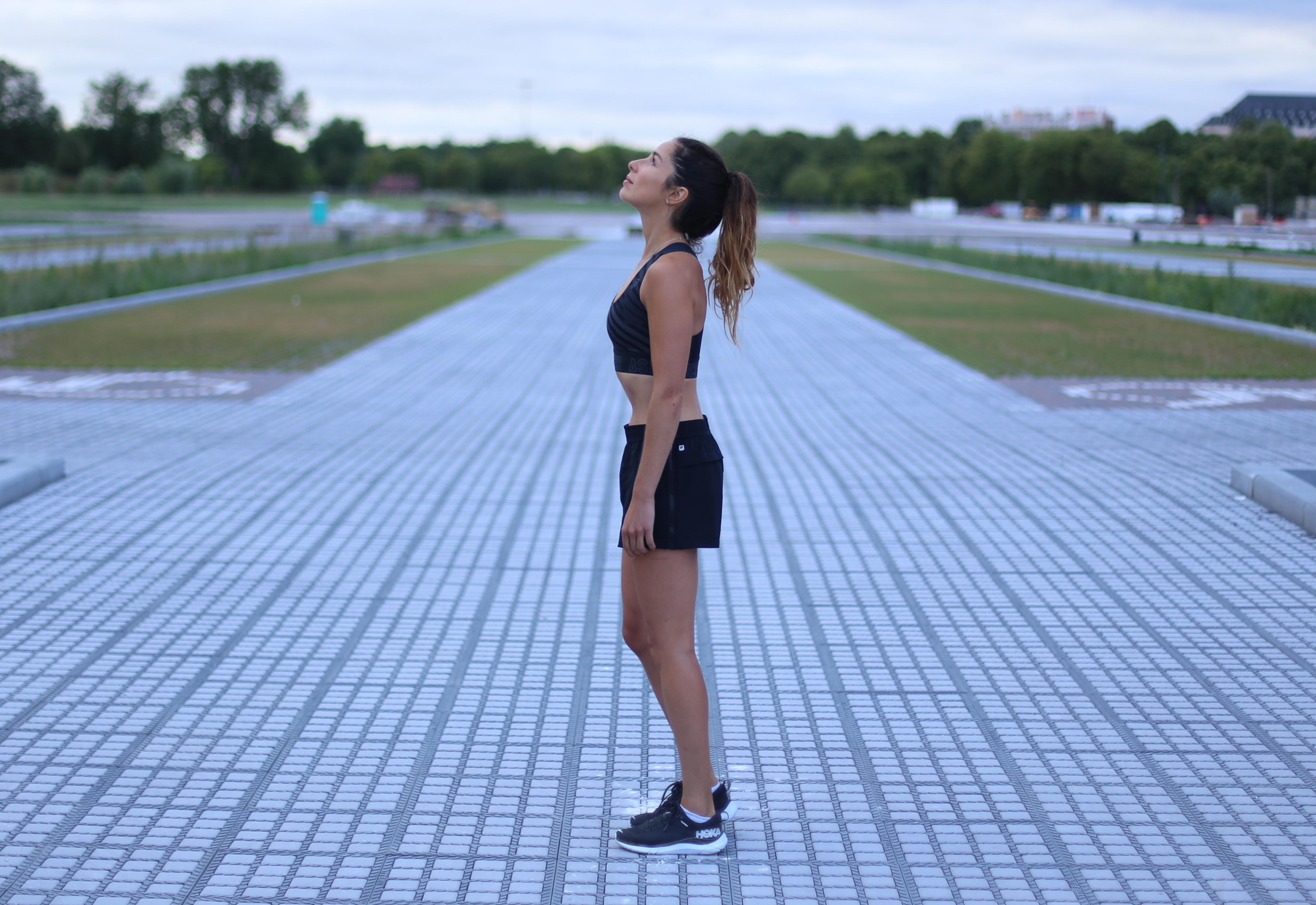tenue running asics