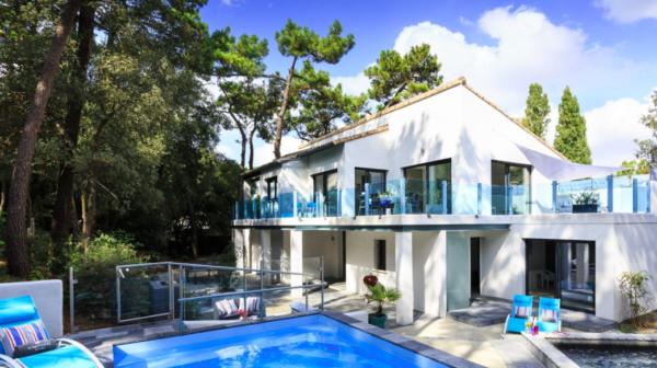 La beach house - dans un cadre exceptionnel les pieds sur la plage et la tête dans les pins